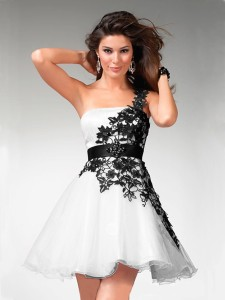 Short-Prom-Dresses-Black-And-White